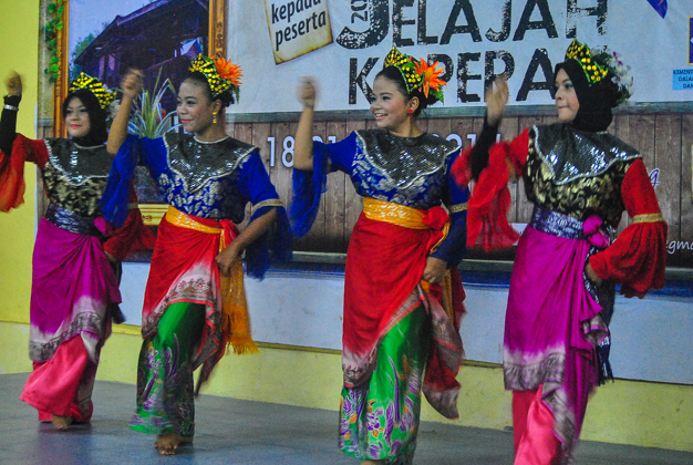 Dine and Dance in Malay Style
